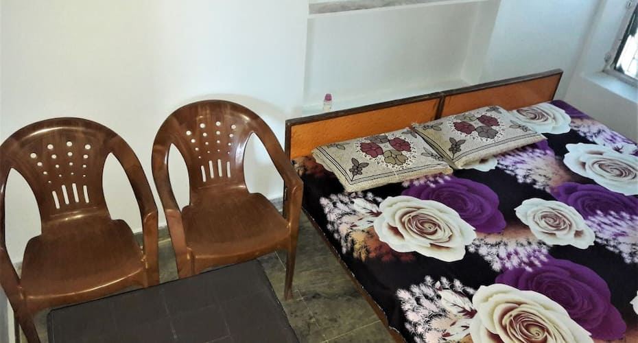Hotel Lal Bagh, none,