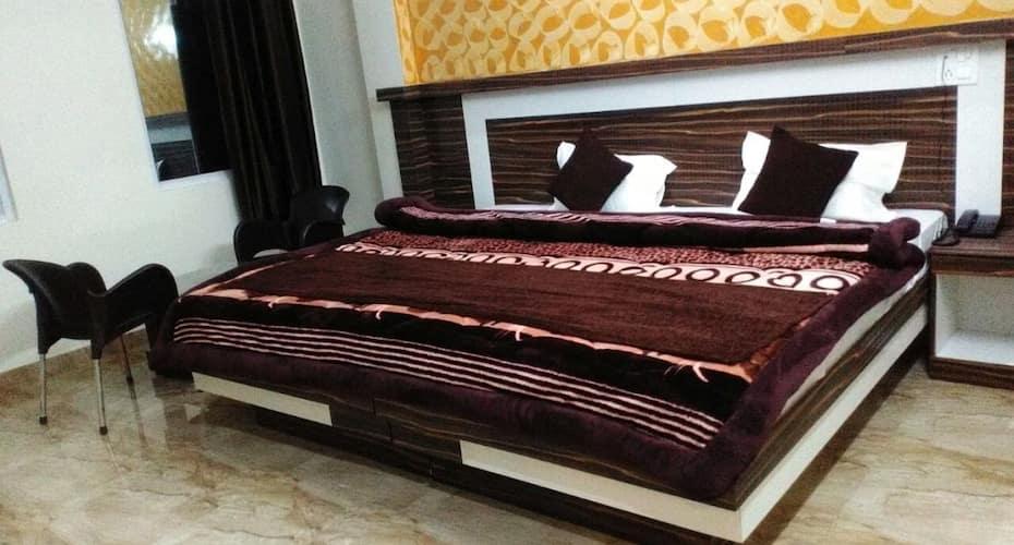 Hotel Ganges View, Tapovan,