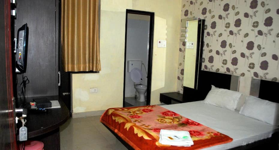 Hotel Highway Pride, Ajmer Road,