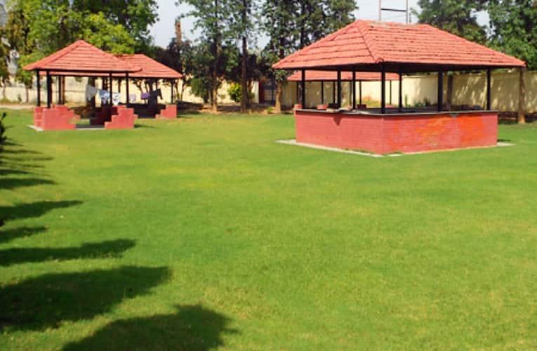 Hotel Magnet Resorts, Ferozepur Road,