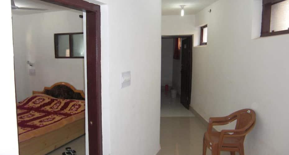 Hotel Gulshan Valley, Nageen Club,