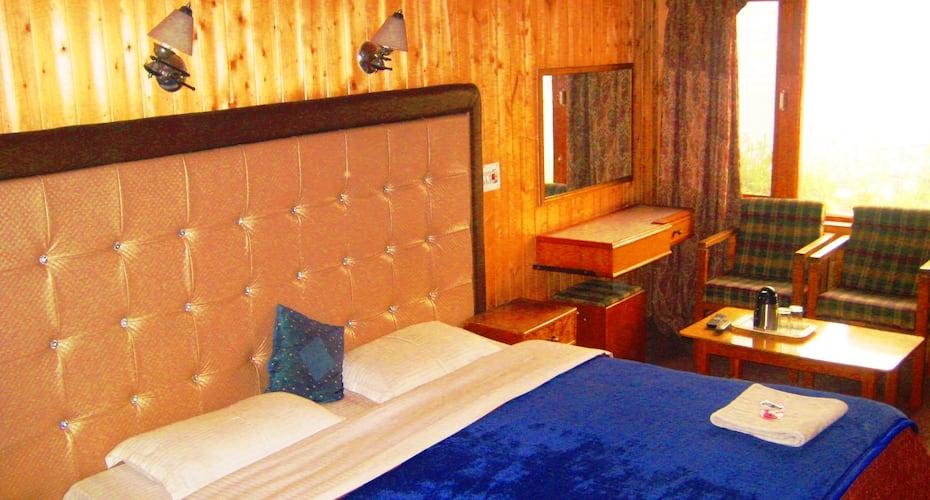 ADB Rooms Hotel Lake Resort Boutique, Dalgate,