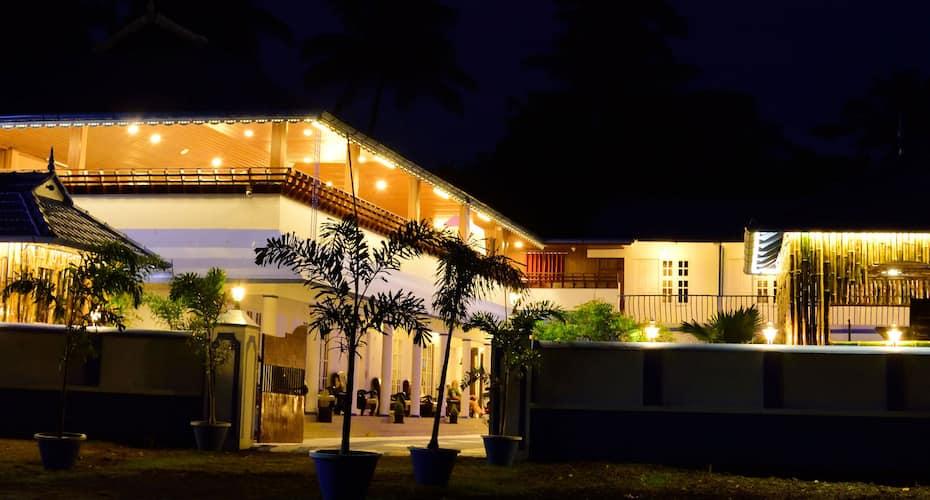 Mare Blu Resort, Cherai,