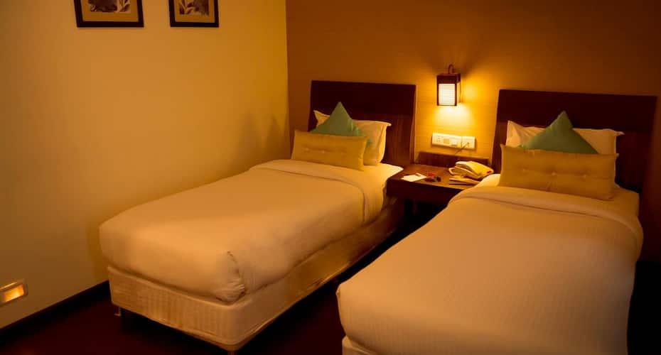 Hotel Centre Point, Sholinganallur,