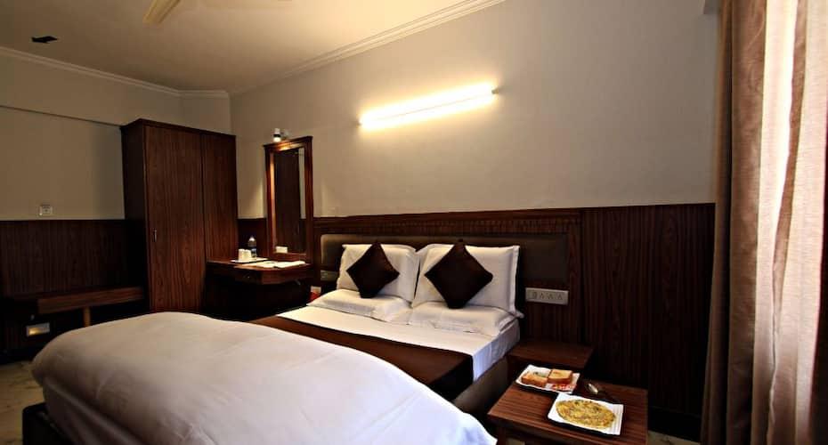 Hotel Empire International (Central Street)