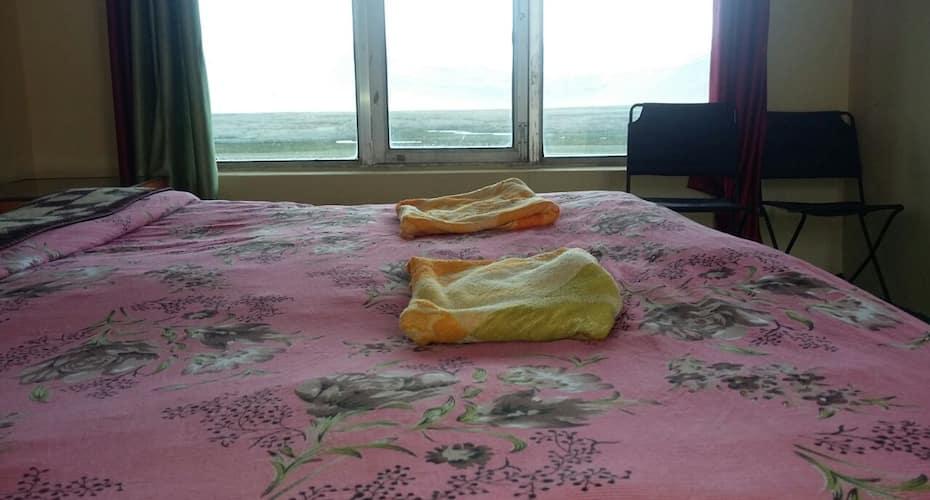Tsokar Eco Resort & Restaurant, Thukje,