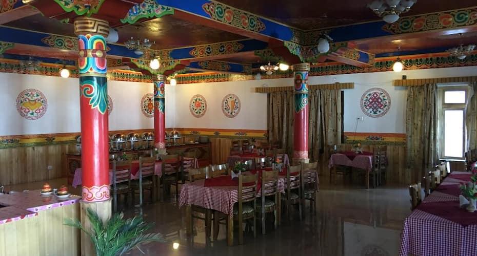 Hotel Alpine Villa, Chulung,