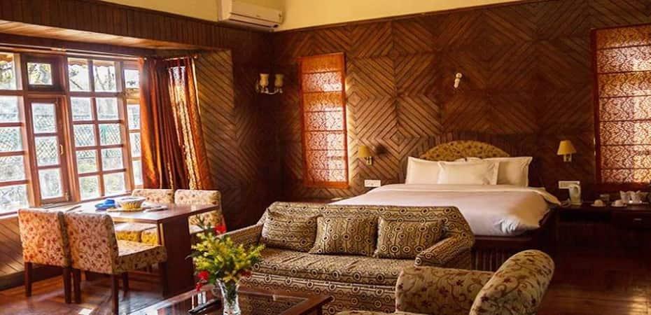 Royal Rest, Goenka Chowk,