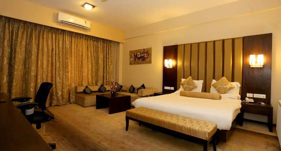 Hotel Pine Spring Nowgam, Nav Gaon,