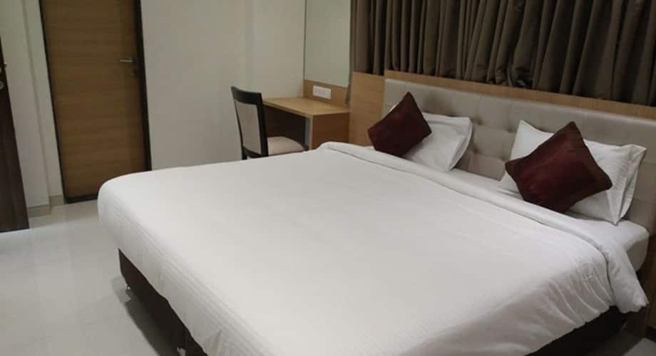 Apartment Hotel Andheri West, Juhu,