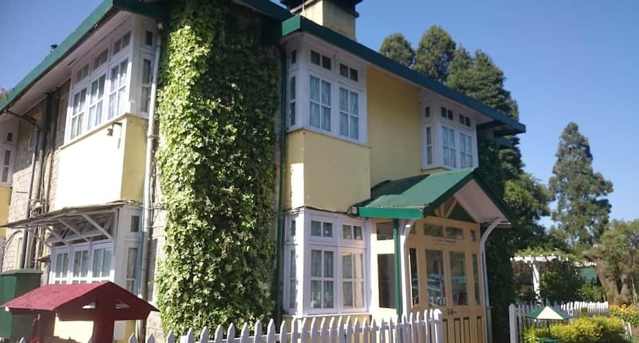 Windamere Hotel, Zakir Hussain Road,