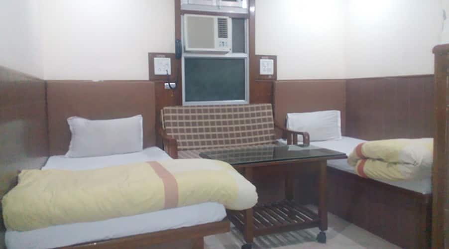 Heavens Guest House, Jwalapur Road,