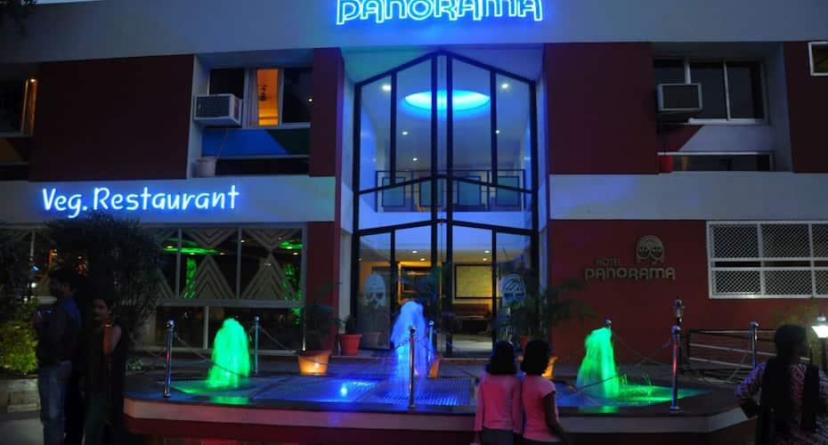 Hotel Panorama, Main Market,