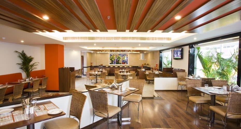 Lemon Tree Hotel, Indore, R N T Road,