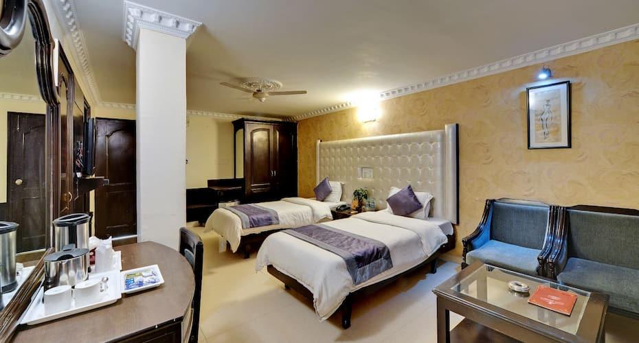 Hotel City Heart Premium, Sector 17,