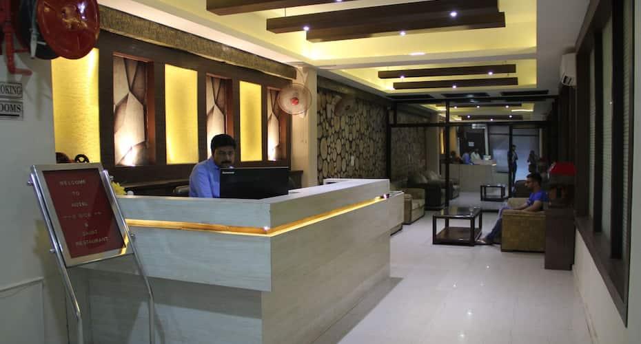 ADB Rooms Hotel D Dice, Sikandra,
