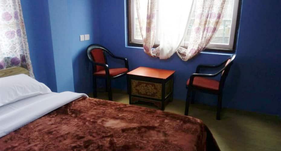 Hotel Glenz, Development Area,