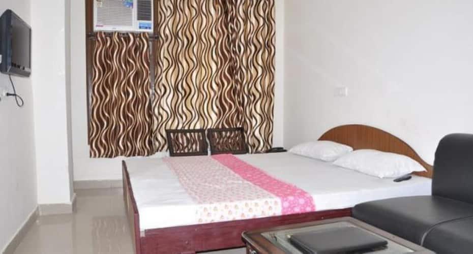 Hotel K.K. Residency, Sector 42,