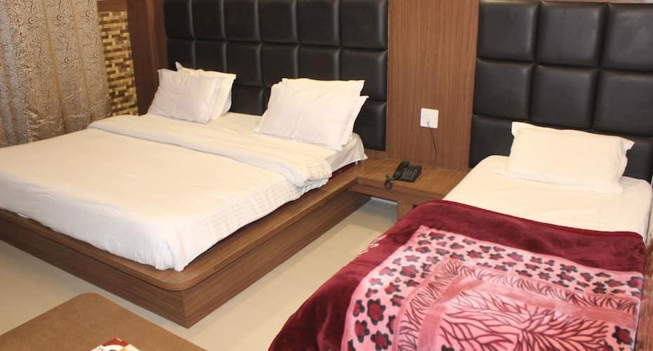 Hotel Nek, NA,