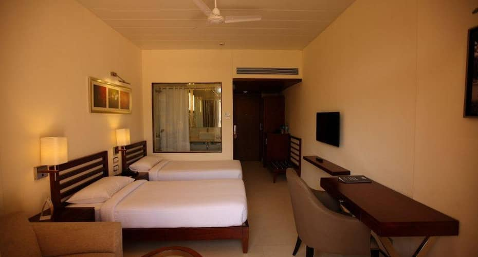 Evershine Resort and Spa, Satara Road,
