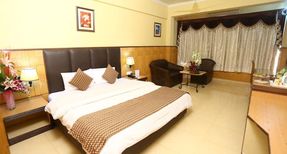 Hotel Aketa, Rajpur Road,