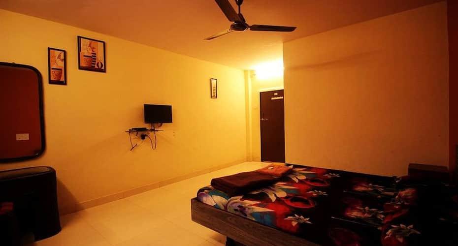 Tourist Resort, Malad,