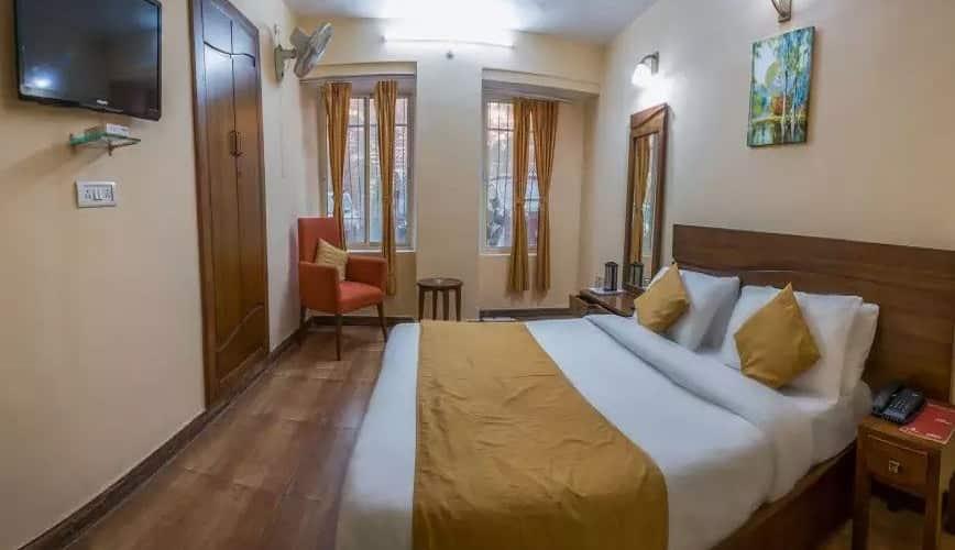 Hotel Himalaya, tallital,