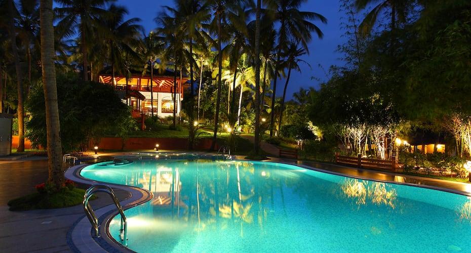 Fragrant Nature Backwater Resort & Ayurveda Spa, South Paravoor,