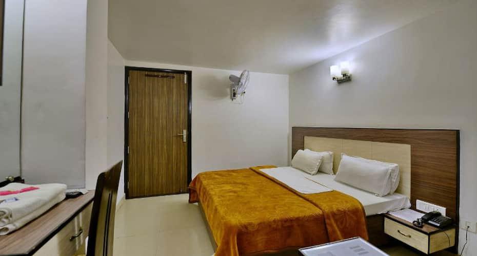 Hotel HKJ Residency, Near Golden Temple,
