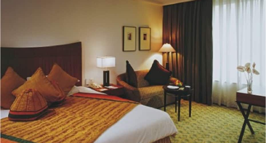 Radisson Blu MBD Hotel Noida, Sector 18,