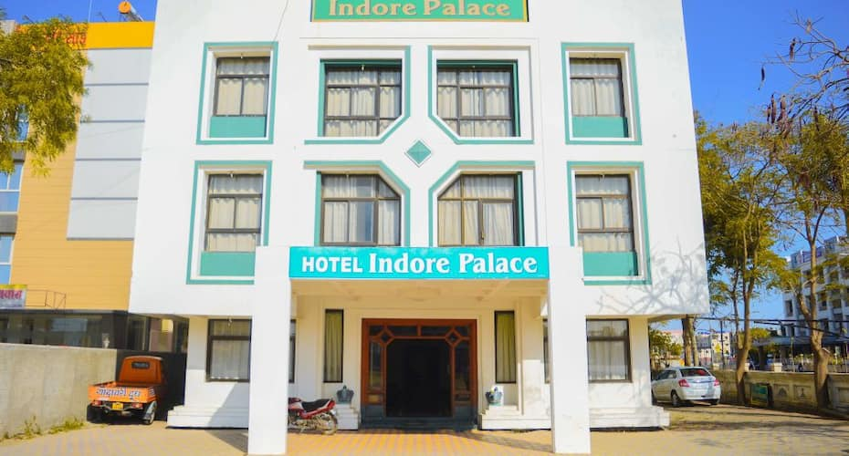 Hotel Indore Palace,Shirdi