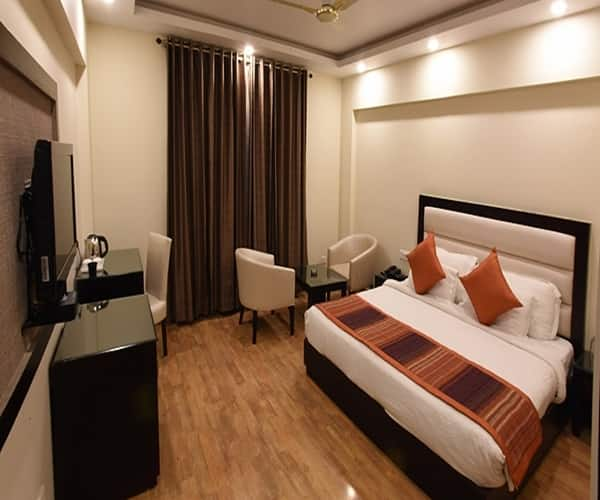 Starz Clarks Inn Mussoorie, Picture Palace Road,