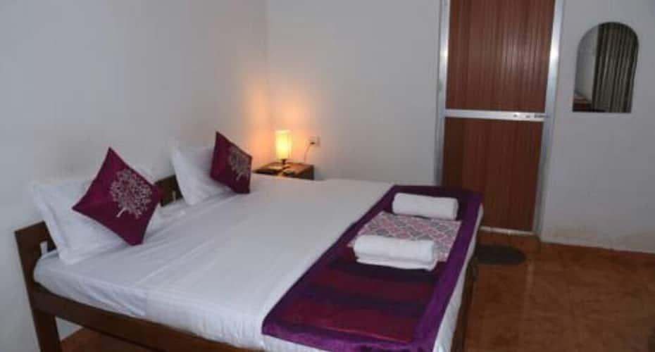 White Pearl Hotel & Hostel, Anjuna,