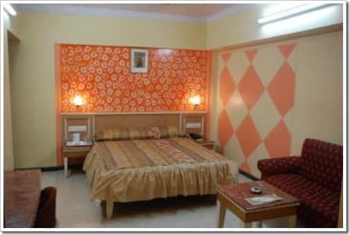 Hotel Yogi Broadway Chembur, Chembur,