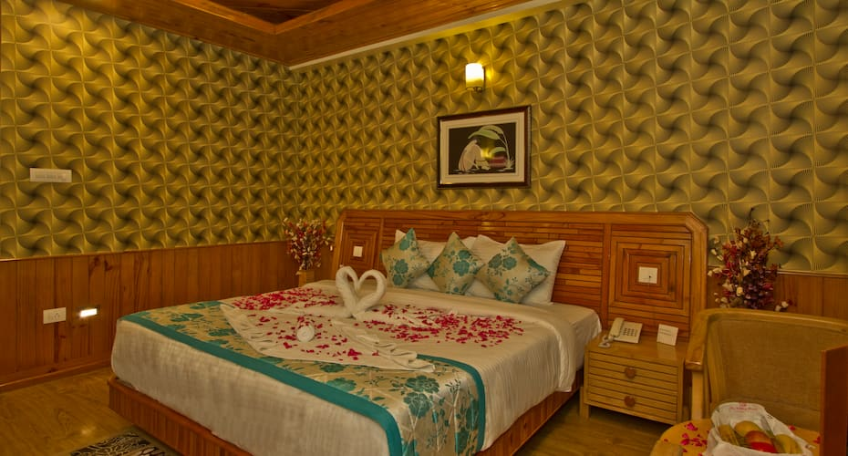 The Holiday Resorts, Cottages & Spa, Kanyal Road,