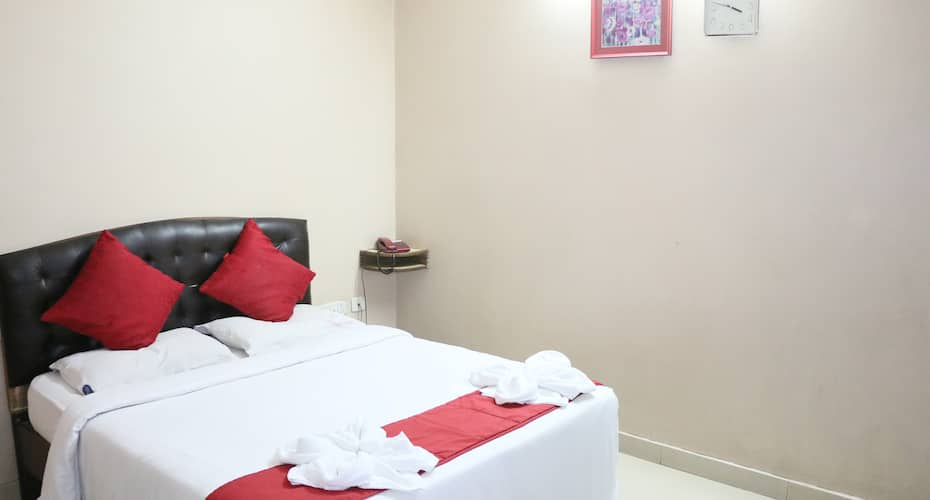 Hotel Akshaya, Dondaparthy,