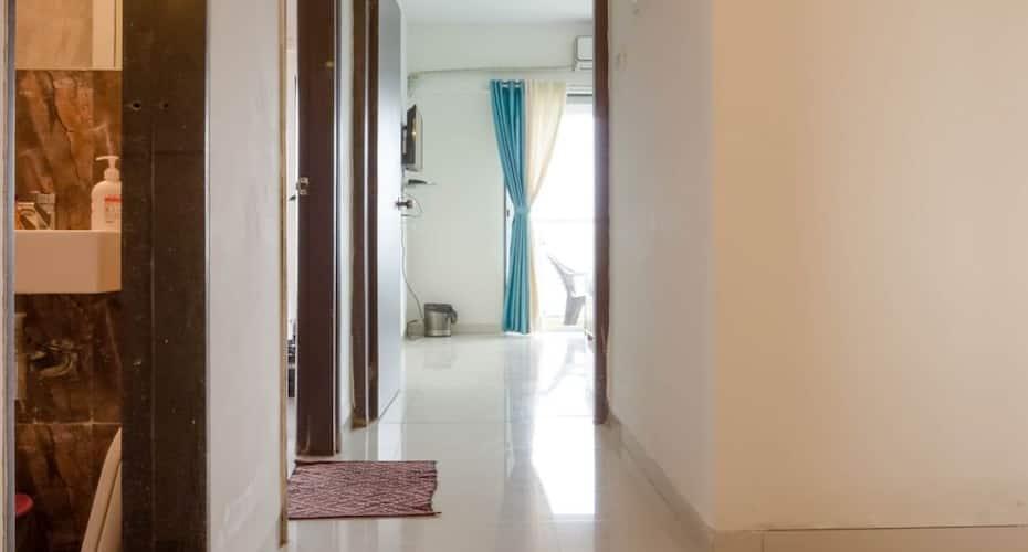 Skyline II Executive Service Apartment, Malad,