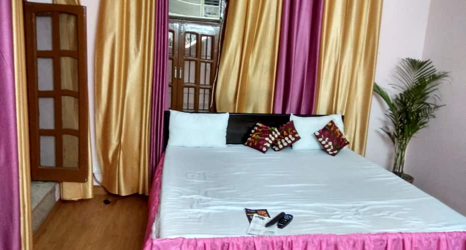 Winsome Guest House, Greater Noida Expressway,