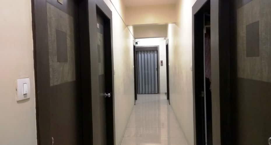 Hotel Raj,Surat