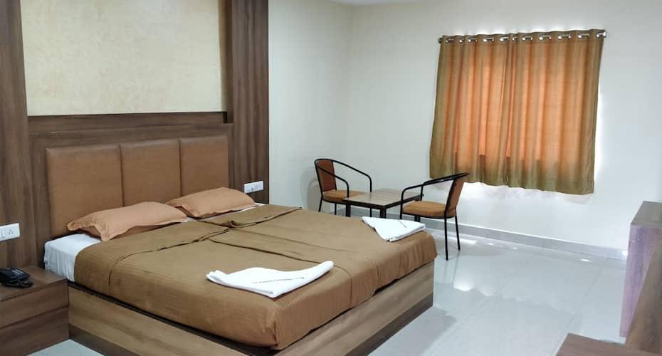 Dwaraka Paradise (New Block), Lakdi Ka Pool Khairatabad,