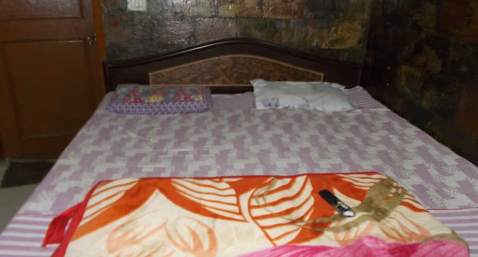 Ashirbad Guest House, Dum Dum,