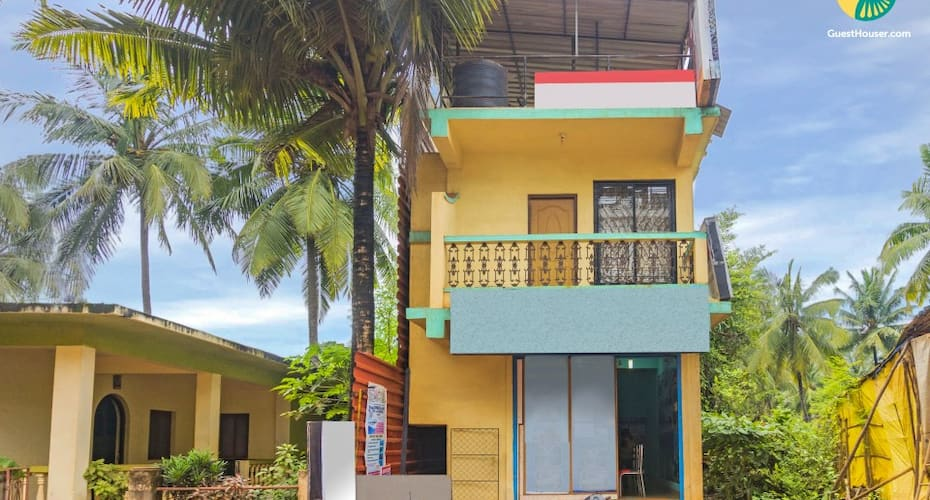 Well-furnished Single Room, 1.3 Km From Calangute Beach