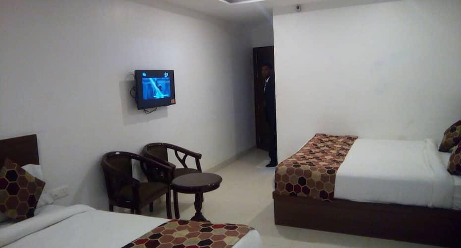 Hotel Delux Inn, Taj Nagari,