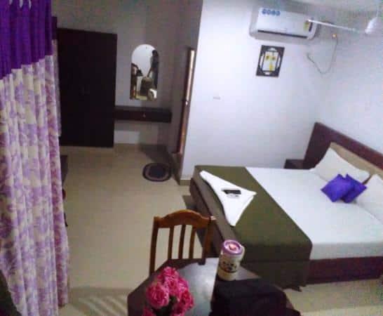 Rash Residency Guest House, Sonwar Bagh,