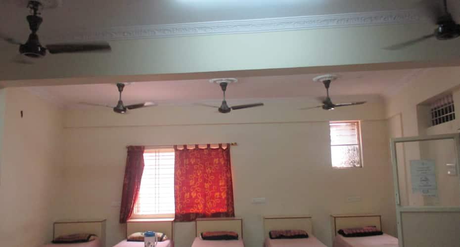 Sri Sai Lodge, Periamet,