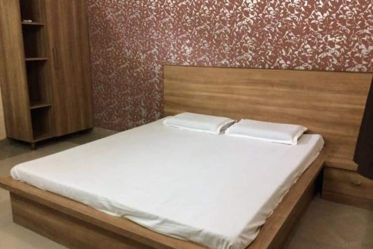 Kamyani Guest House, Junction Road,
