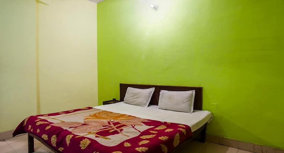 Hotel Royal Palace, Sri Krishna Janmasthan,