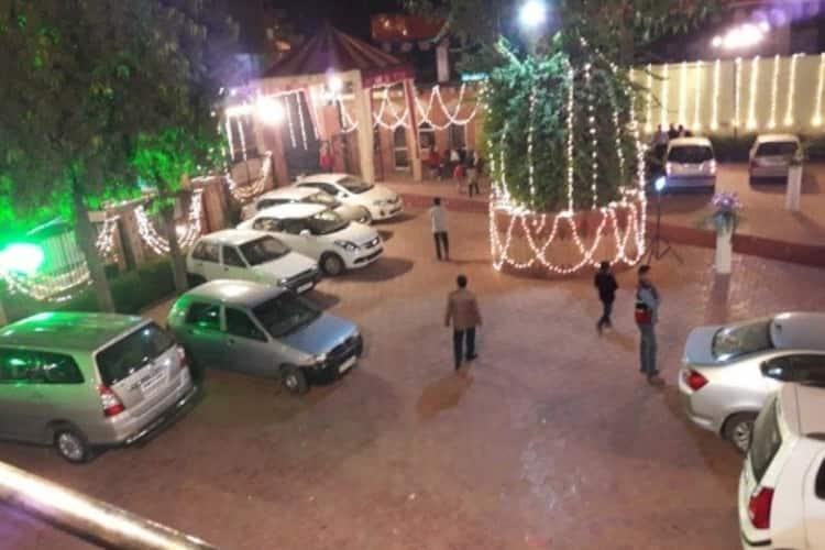 Hotel Mukund Priya Garden, Bhuteshwar Road,