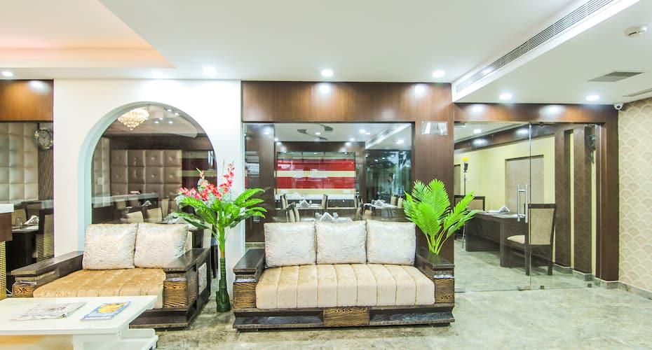 Hotel SS Grand, Guru Gobind Singh Marg,
