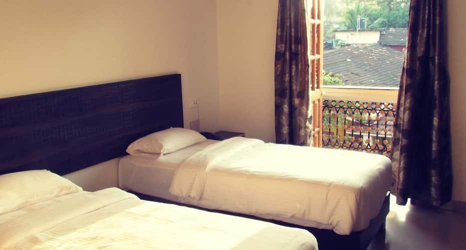 09 Hotel, Mapusa,